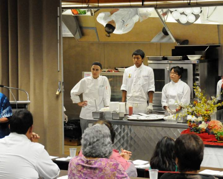 Kapolei, Hawaii 2008 Cooking class demo
