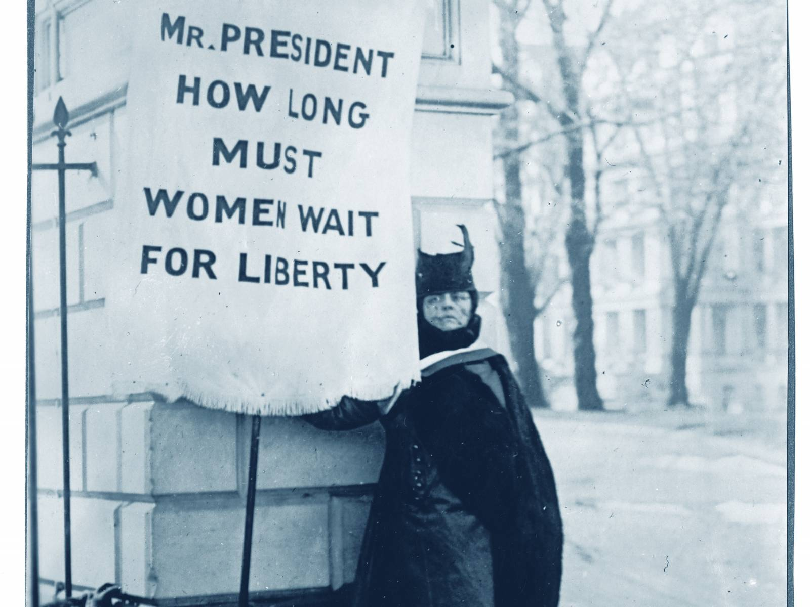 Alison Turnbull Hopkins pickets the White House, 1917. Courtesy of the National Woman's Party at the Belmont-Paul Women's Equality National Monument