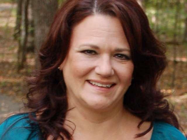 Denise Oakes of Minnesota